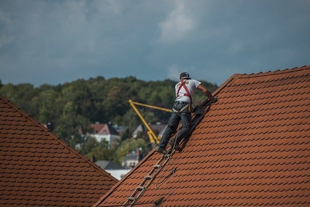How Much Does It Cost To Repair a Roof 2020